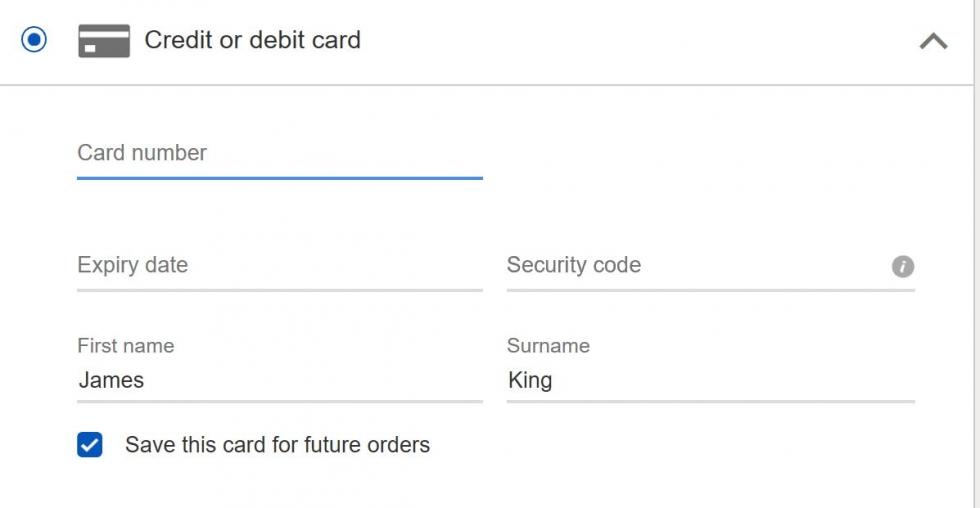 nhập chi tiết thẻ tín dụng của bạn vào mẫu